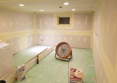 finishing-drywall-basement-lighting