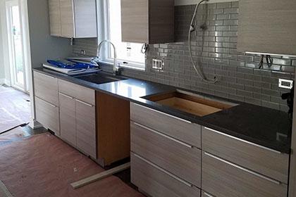 modern kitchen cabinets small