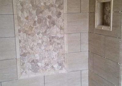modern-shower-horizontal-tiles
