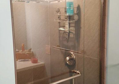 swing-shower-door