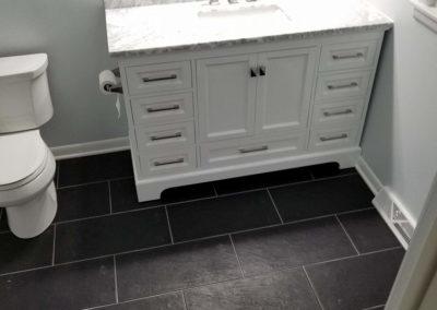 white-vanity-sink-faucet