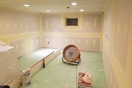 Drywall installation, repair taping in north-west Chicago
