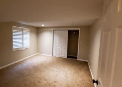 drywall-bedroom-walls-ceiling-painting