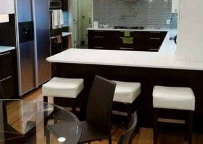large-kitchen-white-quartz