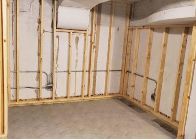 basement-walls-wood-studs-framing