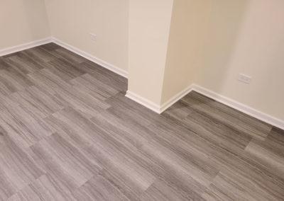new-installled-flooring-baseboards
