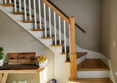 stairs-oak-railing-white-banister